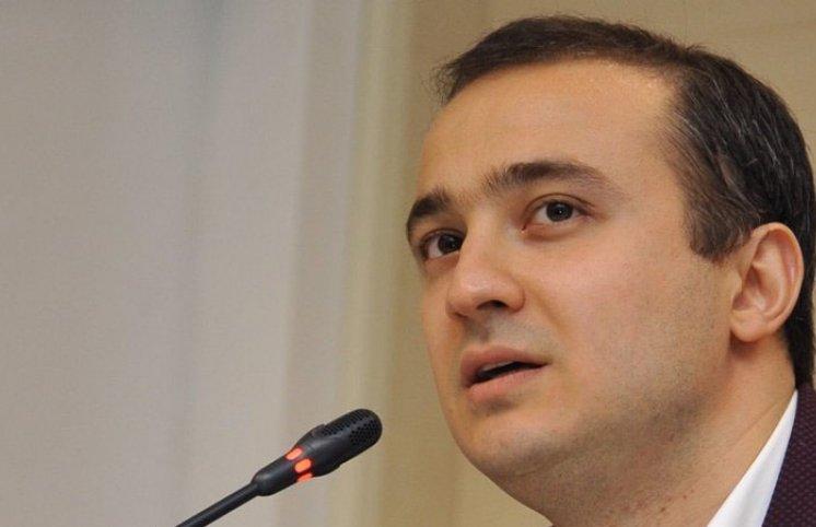Nazirin oğlu 30 milyon avroluq zavodun tikintisini başa çatdıra bilmir (FOTO)