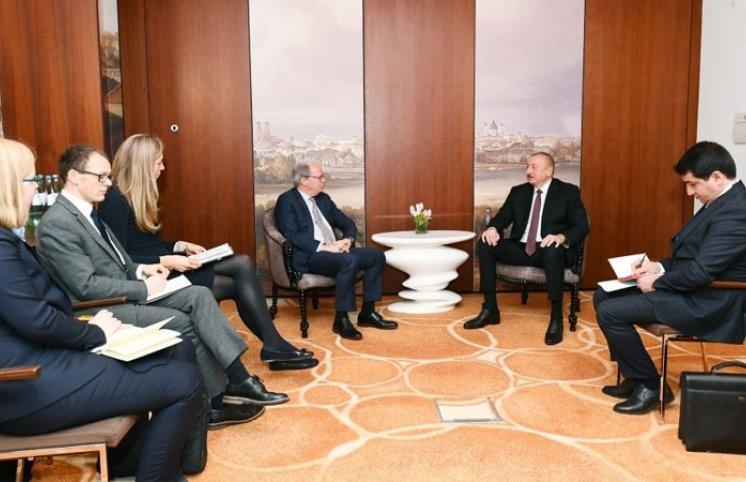 Prezident Dünya Bankının icraçı direktoru ilə görüşdü