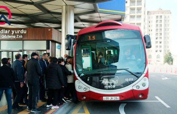 Metro bağlandı, avtobuslarda vəziyyət necədir? (FOTOLAR)