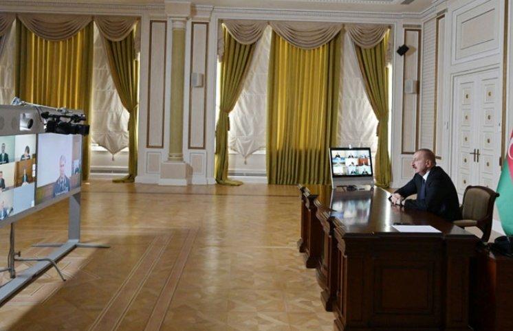 İlham Əliyev Təhlükəsizlik Şurasının iclasını keçirdi (FOTOLAR)